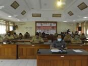 Apel disiplin virtual ASN Pemprov Bali yang dipimpin Sekda Dewa Indra saat memimpin Senin, 6 Juli 2020 - foto: Istimewa