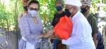 Ajak Masyarakat Disiplin, Putri Koster Serahkan Bantuan kepada Kelompok Nelayan
