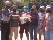 Bantuan Sosial dari Kemensos terus bergulir untuk membantu warga terdampak Covid-19 - foto: Bob/Koranjuri.com