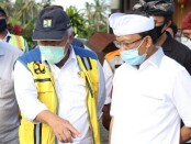 Menteri PUPR Basuki Hadimuljono bersama Gubernur Bali Wayan Koster saat meninjau lokasi pembangunan Tol Mengwi-Gilimanuk, Kamis, 6 Agustus 2020 - foto: Istimewa