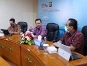 Sekda Dewa Made Indra membuka kegiatan 'Kick Off IT Security Assessment (ITSA) dalam memproteksi celah keamanan atau bug sistem digital di Pemprov Bali - foto: Istimewa