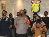Satuan Reserse Kriminal Polres Metro Jakarta Barat berhasil menemukan keberadaan Wawan (41), pembawa kabur anak di bawah umur berusia 14 tahun berinisial F - foto: Bob/Koranjuri.com