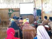 Sosialisasi aplikasi Kelasmatika oleh CV Athayasa Mediatama, di hadapan para kepala SMK negeri dan swasta, Rabu (09/09/2020), di di RM Satu-satu - foto: Sujono/Koranjuri.com