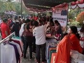 Pasar Gotong Royong Krama Bali yang diadakan di Halaman Kantor Bupati Gianyar, Jumat (11/9/2020) - foto: Catur/Koranjuri.com
