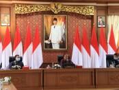 Gubernur Bali Wayan Koster, Sekda Dewa Made Indra bersama staf khusus Kementerian Kesehatan dr Daniel Tjen di Ruang Rapat Gedung Gajah, Jayasabha, Denpasar, Jumat, 18 September 2020 - foto: Istimewa