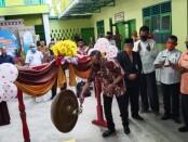 Subhan Firdaus, Kepala Bengkel Nasmoco Magelang saat membuka  program Nasmoco Go to School di SMK Patriot, Pituruh, Purworejo, Rabu (04/11/2020) - foto: Sujono/Koranjuri.com