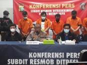 Polda Metro Jaya mengamankan sejumlah pelaku pencurian pemberatan di wilayah Ibukota – foto: Bob/Koranjuri.com