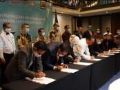 Penandatanganan Kerja Sama Lembaga Pendidikan Vokasi dengan 14 DUDI Bidang Perhotelan dan Kapal Pesiar di Kuta, Bali, Rabu (11/11/2020) - foto: Istimewa