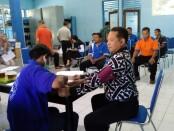 Sejumlah karyawan PDAM Purworejo, saat menjalani Medical Check Up, Jum'at (13/11/2020) - foto: Sujono/Koranjuri.com
