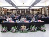 Kapolri Jenderal Idham Azis memimpin apel Kepala Satuan Wilayah (Kasatwil) seluruh Indonesia di Gedung Rupatama Mabes Polri, Jakarta Selatan, Rabu (25/11/2020) - foto: Istimewa