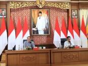 Kepala Dinas Perindustrian dan Perdagangan Pemprov Bali Wayan Jarta menggelar rapat internal antara Vendor Kain Endek dan Atase Perdagangan Prancis melalui zoom meeting dari Denpasar, Rabu (2/12/2020) - foto: Istimewa
