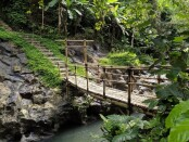 Obyek Wisata Nukad di aliran Sungai Pakerisan, Desa/Kecamatan Tampaksiring, Gianyar, Minggu (6/12/2020) - foto: Catur/Koranjuri.com