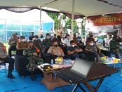 Polres Metro Kabupaten Bekasi me-launching Tim Pemburu Pelanggaran Protokol Kesehatan Covid-19 secara serentak di wilayah Hukum Polda Metro Jaya, Selasa, 9 Desember 2020 - foto: Bob/Koranjuri.com