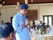 Menteri Pariwisata dan Ekonomi Kreatif, Sandiaga Salahudin Uno saat bertemu dengan para pelaku wisata di Garuda Wisnu Kencana (GWK) Bali, Minggu, 27 Desember 2020 - foto: Istimewa