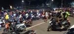 Polisi Bubarkan Pengendara Motor Malam yang Berkeliaran di Ibukota