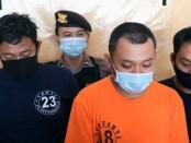 Tiga dari lima pelaku judi dadu koprok dalam angkot yang diamankan Satreskrim Polres Purworejo - foto: Sujono/Koranjuri.com