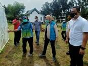 Walikota Tangerang Selatan Airin Rachmi Diany Wardana mengunjungi Kampung Tangguh Jaya Ditresnarkoba Polda Metro Jaya, Senin, 15 Februari 2021 - foto: Istimewa