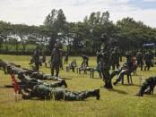Asah kemampuan, 595 anggota Kodim 0708 Purworejo ikuti latihan menembak senjata ringan (latbakjatri) Triwulan 1 Tahun 2021 di Lapangan Tembak Besole, Kecamatan Bayan, Purworejo, Selasa (16/03/2021) - foto: Sujono/Koranjuri.com