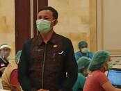 Kepala Dinas Pariwisata Provinsi Bali, I Putu Astawa dalam acara vaksinasi bagi pelaku pariwisata di Prama Sanur Beach Hotel, Bali, Selasa (23/3/2021) - foto: Koranjuri.com