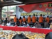 Direktorat IV Tindak Pidana Narkoba Bareskrim Mabes Polri bersama Polda Aceh Bea Cukai dan Dirjenpas berhasil menangkap jaringan narkoba dengan barang bukti 2,5 ton sabu-sabu - foto: Istimewa