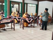 Kegiatan Pesantren Kilat di SMK Batik Purworejo, Rabu (05/05/2021) - foto: Sujono/Koranjuri.com