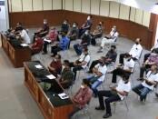 Pemprov Bali menggelar pertemuan tentang Disiplin Diet Kantong Plastik yang melibatkan pengelola pasar di Kota Denpasar di Ruang Wiswa Sabha Utama Kantor Gubernur Bali, Jumat (7/5/2021) - foto: Istimewa