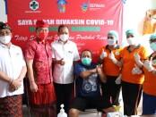 Gubernur Bali Wayan Koster melakukan inspeksi mendadak (sidak) pelaksanaan vaksinasi di Kabupaten Karangasem Bali - foto: Istimewa