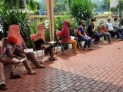 650 warga Tanjung Duren mengikuti swab antigen yang difasilitasi Polsek Tanjung Duren - foto: Istimewa