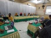 Keterangan gambar : Visitasi daring Fakultas Kesehatan Masyarakat, Universitas Veteran Bangun Nusantara, Sukoharjo. / foto: koranjuri. com