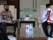 Silaturahmi kebangsaan Dewan Pimpinan Wilayah (DPW) Partai Keadilan Sejahtera (PKS) Provinsi Jawa Timur dengan Wakapolda Jawa Timur Brigjen Pol. Slamet Hadi Supraptoyo dalam upaya memerangi radikalisme dan penanganan Covid-19 - foto: Istimewa