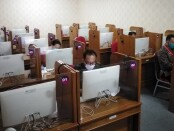 Empat peserta lelang jabatan Sekda Kabupaten Jembrana mengikuti tahapan Computer Assesment Test (CAT), di Kantor BKD Provinsi Bali, Selasa (15/6/2021) - foto: Koranjuri.com