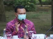 Sekretaris Daerah Provinsi Bali Dewa Made Indra saat acara Ngopi Bareng bersama media di Halaman Kantor Gubernur Bali, Rabu (30/6/2021) - foto: Istimewa
