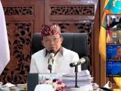 Gubernur Bali Wayan Koster menjadi narasumber Webinar 'Transformasi Balinusra, Meningkatkan Ketahanan Ekonomi Daerah' yang diadakan oleh Bank Indonesia, Rabu, 9 Juni 2021 - foto: Koranjuri.com