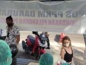 Sejumlah warga masyarakat dan WNA terjaring operasi PPKM - foto: Istimewa