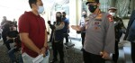 Listyo Sigit Tinjau Vaksinasi Elemen Ormas Persis di Bandung