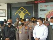 Kapolda Metro Jaya Irjen Pol Fadil Imran memantau kondisi Lapas Kelas I Tangerang pasca kebakaran salah satu blok yang menewaskan 41 orang narapidana - foto: Istimewa