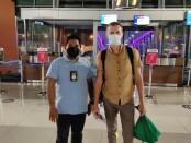 Oleh Chadin (40) bule asal Rusia telah mengantongi tiket untuk dideportasi ke negaranya, Kamis, 9 September 2021 - foto: Istimewa
