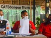 Keterangan gambar : Petinggi DPP Pasoepati menggelar keterangan pers terkait mundurnya Menteri Keuangan Pasoepati. / Foto: Istimewa