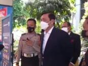 Menteri Koordinator Maritim dan Investasi Luhut Binsar Pandjaitan memberikan keterangan kepada wartawan - foto: Istimewa