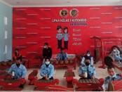 Para pegawai LPKA Kutoarjo saat mengikuti latihan karawitan, Kamis (02/09/2021) - foto: Sujono/Koranjuri.com