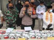 Polres Metro Jakarta Barat melakukan pemusnahan narkotika jenis ganja dan sabu-sabu - foto: Istimewa
