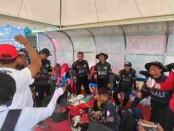 Tim Cricket Putri usai rebut emas di PON XX Papua - foto: Koranjuri.com