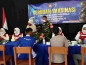Serbuan Vaksinasi di SMK TI Kartika Cendekia Purworejo, Rabu (13/10/2021) - foto: Sujono/Koranjuri.com